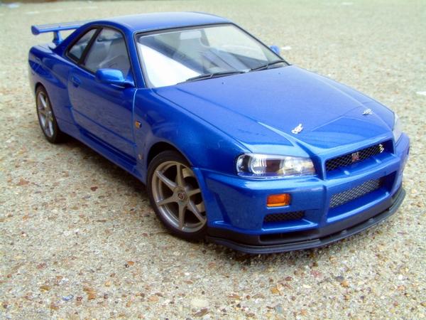 Tamiya 1/24 Nissan Skyline GT-R V-spec R34